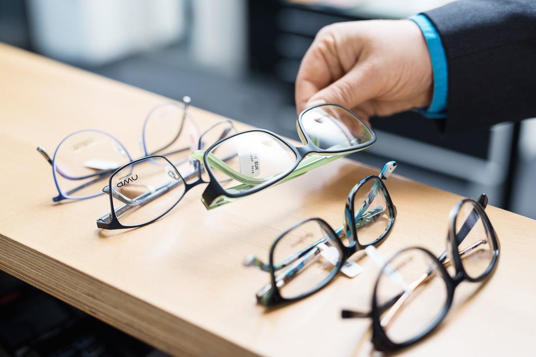 Sehtest in Esslingen - Brillen, Fassungen, Reinigung & Reparatur ...